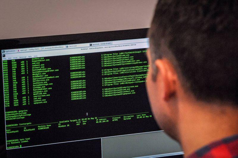 hacker do bem - Hacker aproveitou falha de segurança em massa para proteger milhares de usuários