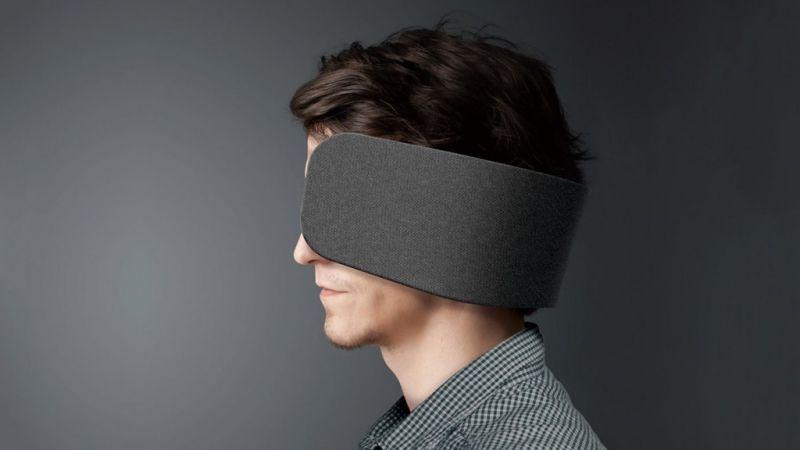 wear space panasonic - Panasonic Wear Space, uma tapadeira para te isolar do mundo durante o trabalho